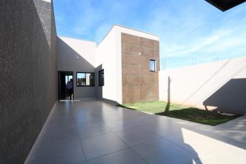 Alugar Casa / Padrão em Toledo. apenas R$ 450.000,00
