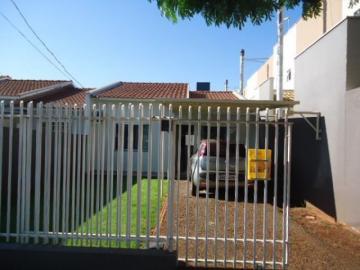 Alugar Casa / Padrão em Toledo. apenas R$ 295.000,00