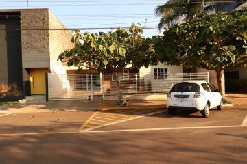 Toledo Jardim La Salle Casa Locacao R$ 10.000,00 3 Dormitorios 3 Vagas Area do terreno 600.00m2 Area construida 250.00m2