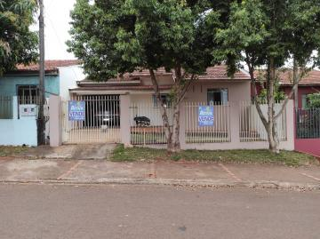 Alugar Casa / Padrão em Toledo. apenas R$ 320.000,00
